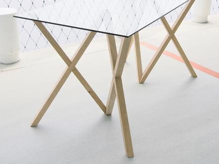 Tischgestell von Mika für The Hansen Family