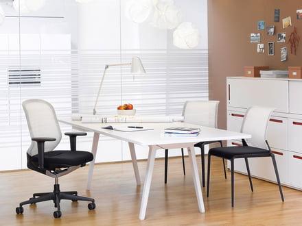 Büroeinrichtung von Top Marken wie Vitra