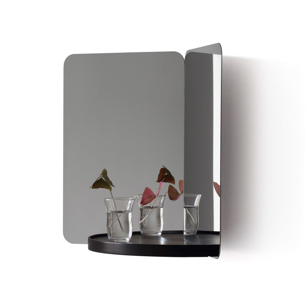 124 spiegel von artek. Black Bedroom Furniture Sets. Home Design Ideas