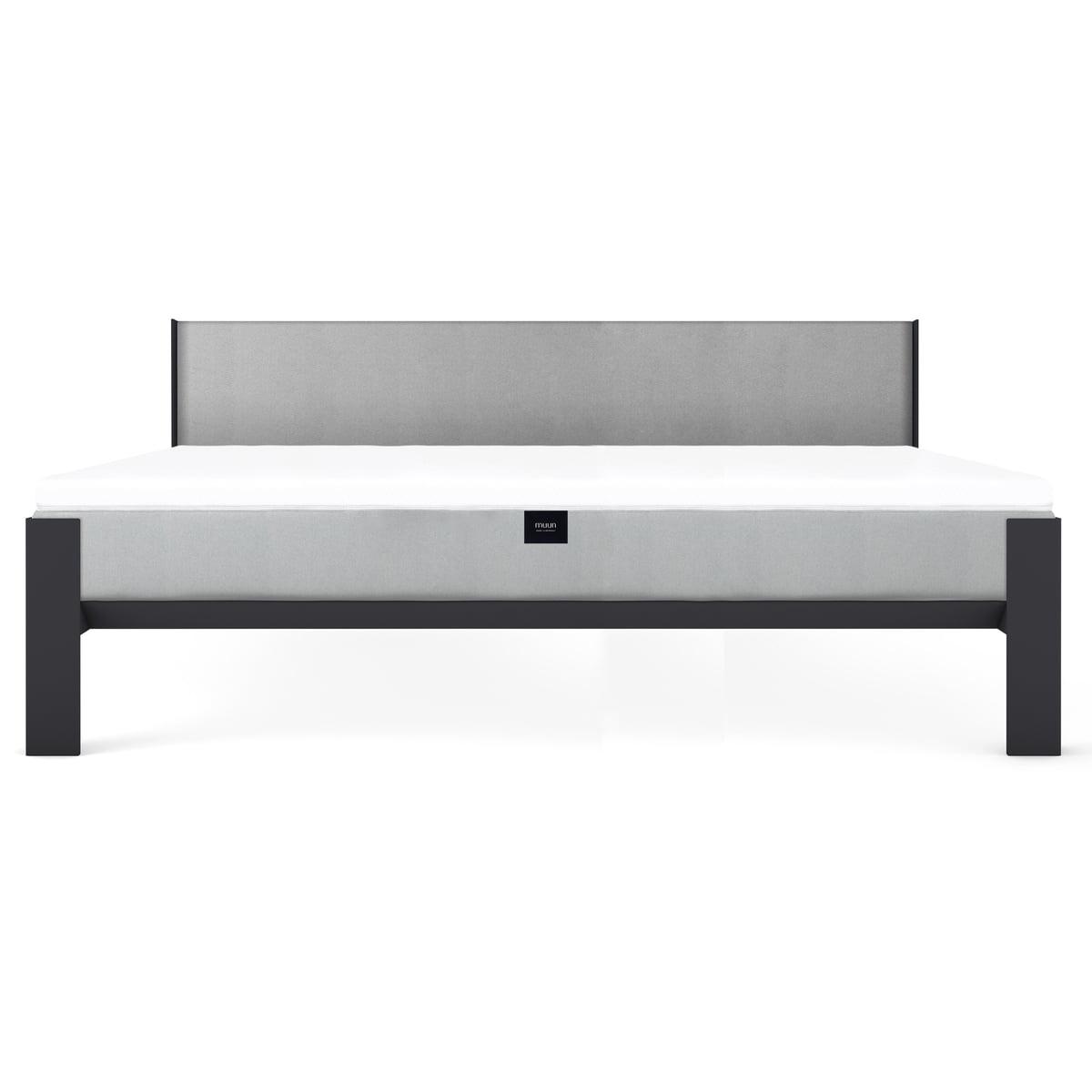 bett von muun. Black Bedroom Furniture Sets. Home Design Ideas