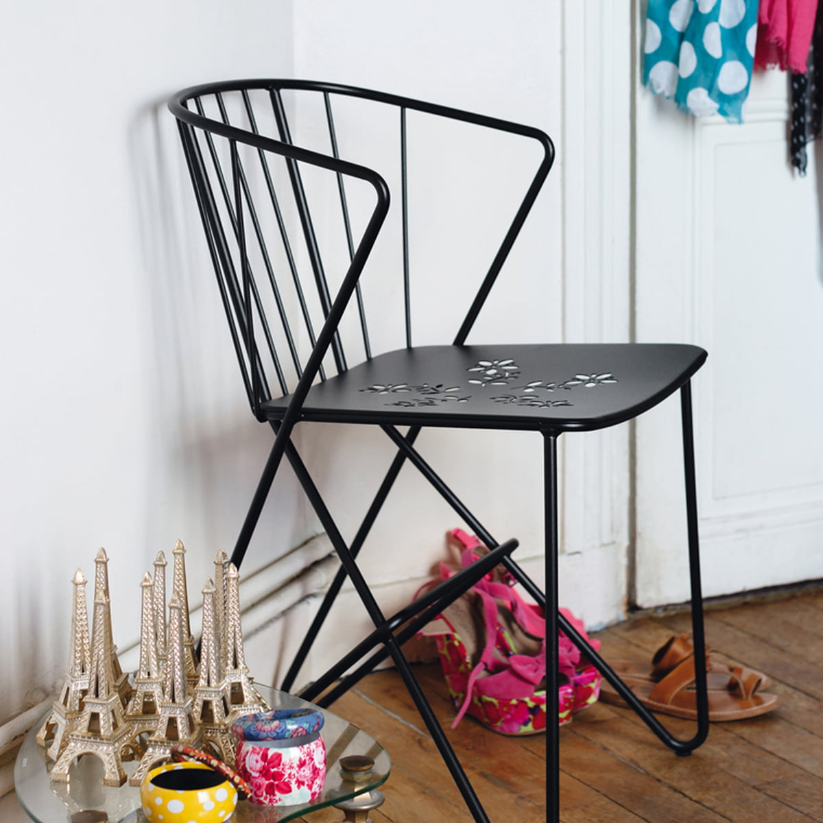 der flower sessel von fermob. Black Bedroom Furniture Sets. Home Design Ideas