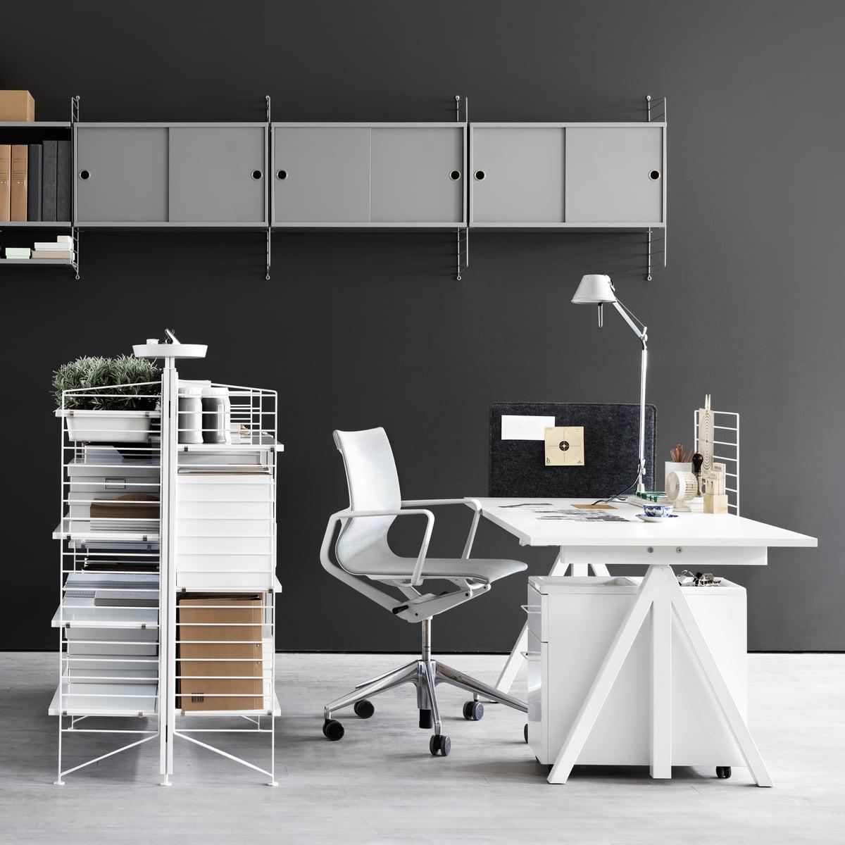 works freistehendes regal von string. Black Bedroom Furniture Sets. Home Design Ideas
