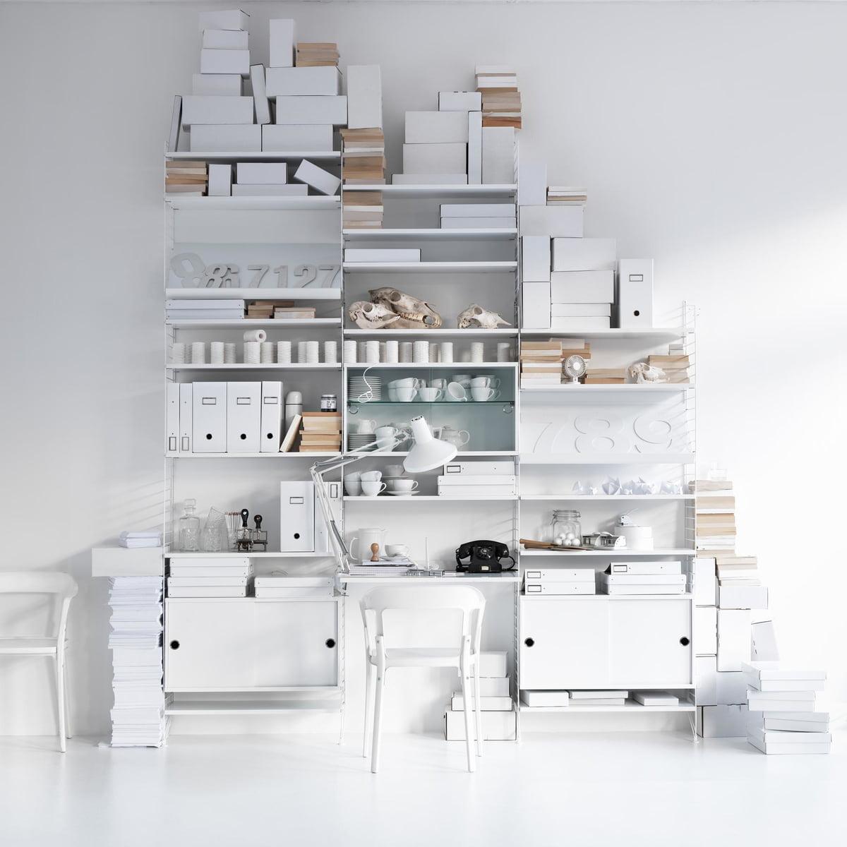 regalsystem von string bei. Black Bedroom Furniture Sets. Home Design Ideas