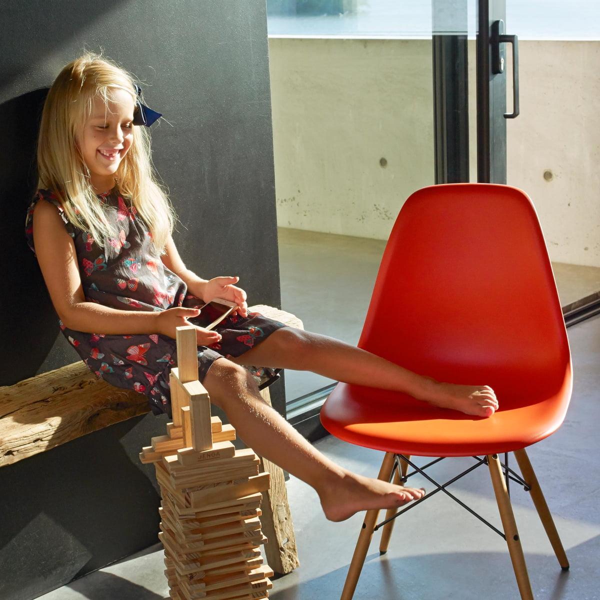 dsw stuhl von vitra eames plastic side chair dsw. Black Bedroom Furniture Sets. Home Design Ideas
