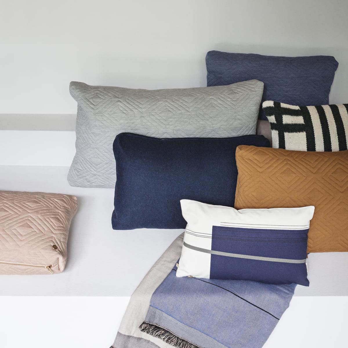 colour block kissen small ferm living. Black Bedroom Furniture Sets. Home Design Ideas