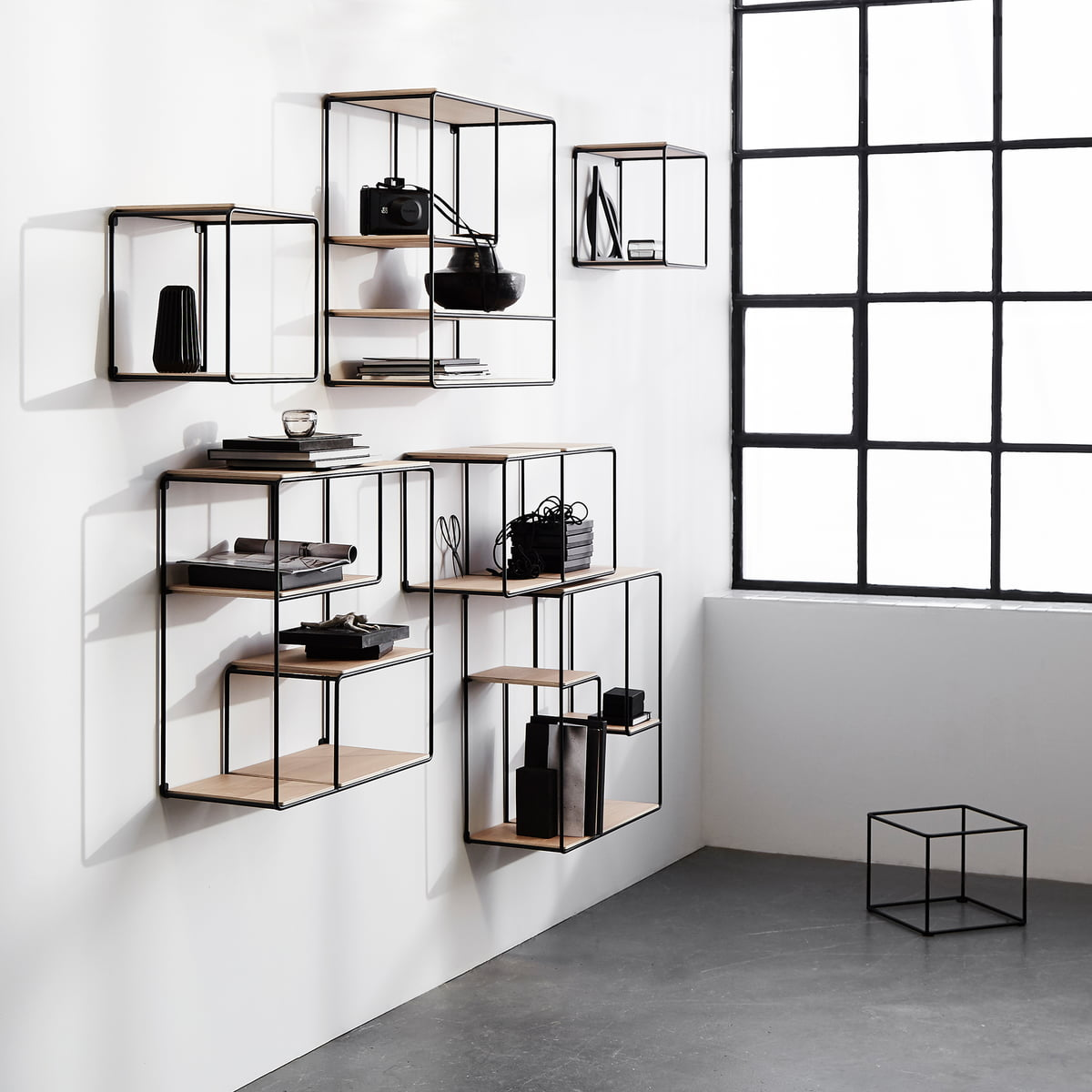 anywhere 1x1 wandregal von korridor. Black Bedroom Furniture Sets. Home Design Ideas