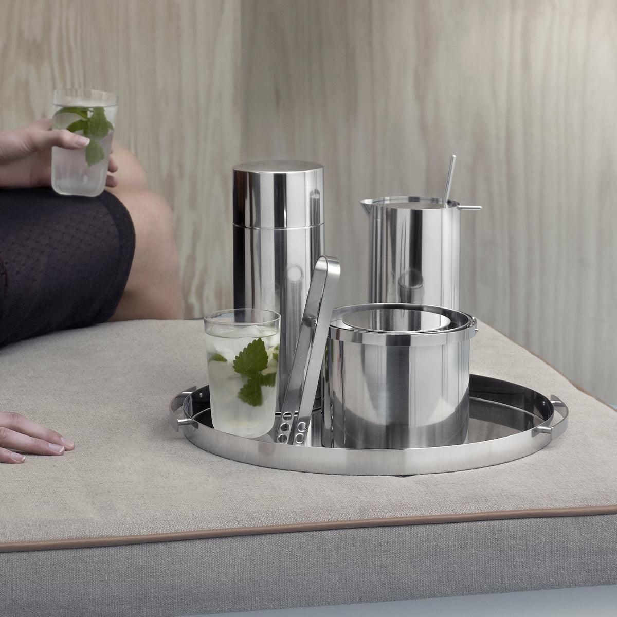 das serviertablett von stelton bei. Black Bedroom Furniture Sets. Home Design Ideas