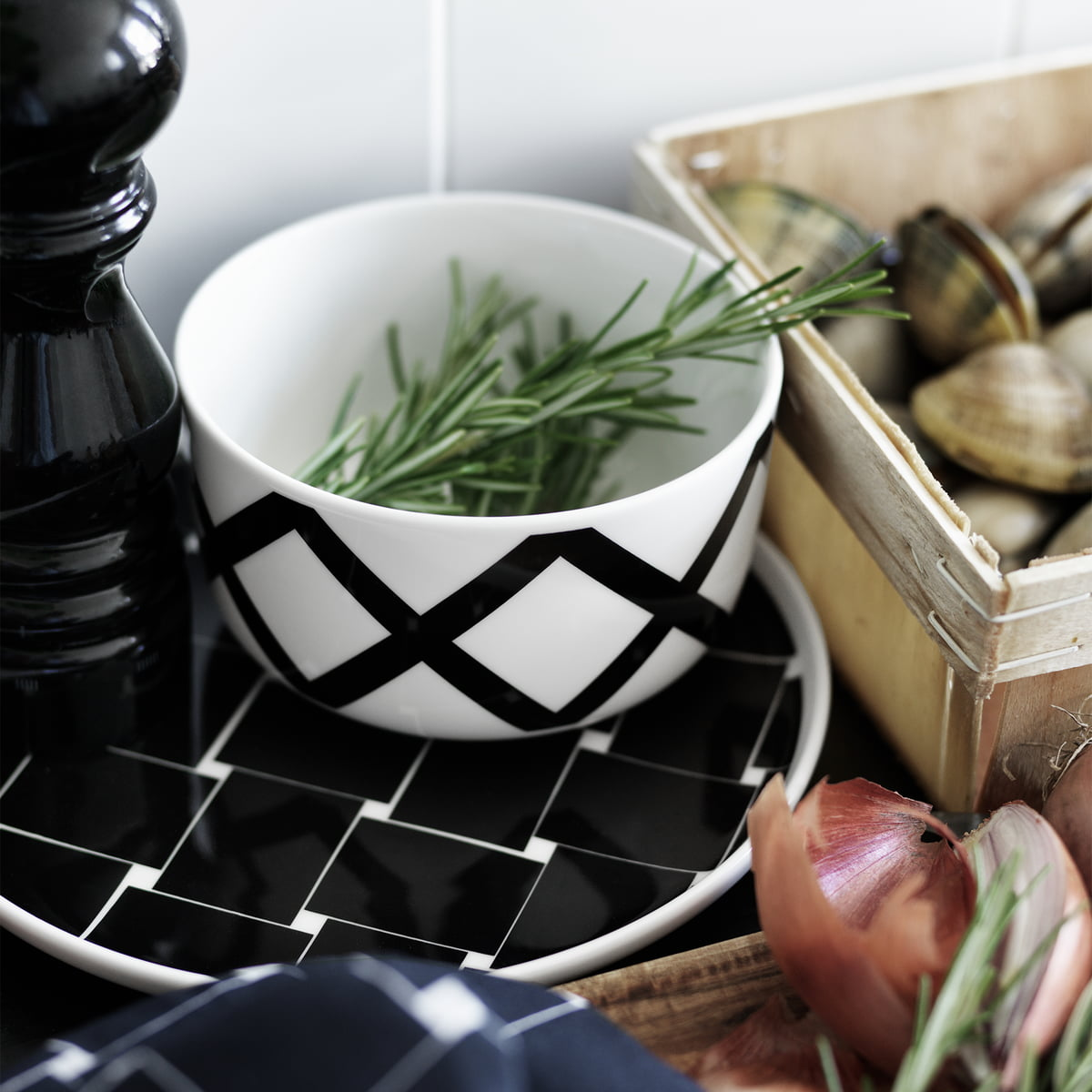 oiva spalj schale von marimekko. Black Bedroom Furniture Sets. Home Design Ideas