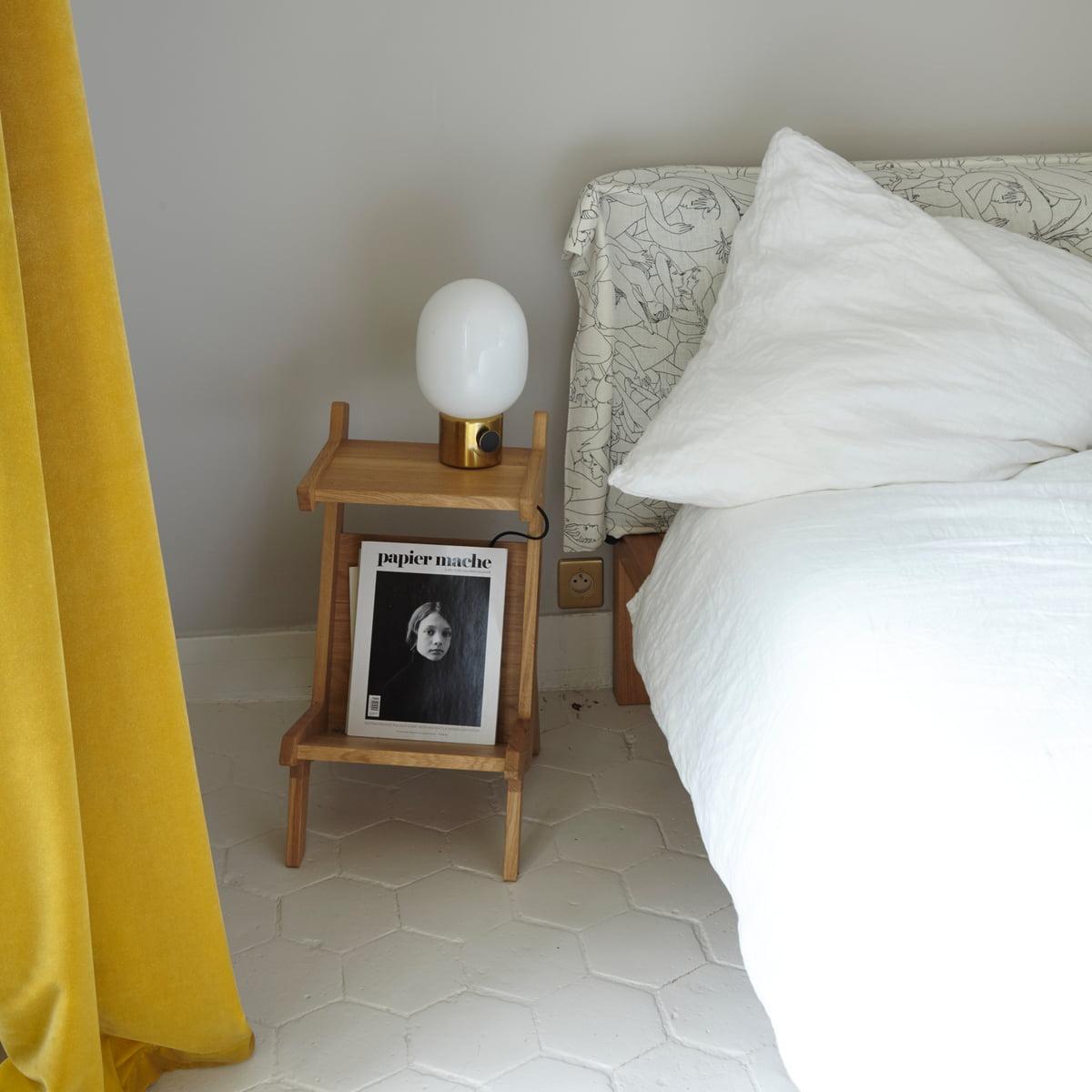 pure bett mit polsterkopfteil von hans hansen. Black Bedroom Furniture Sets. Home Design Ideas