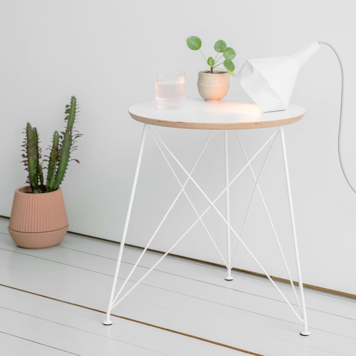 draht beistelltisch brace connox collection. Black Bedroom Furniture Sets. Home Design Ideas