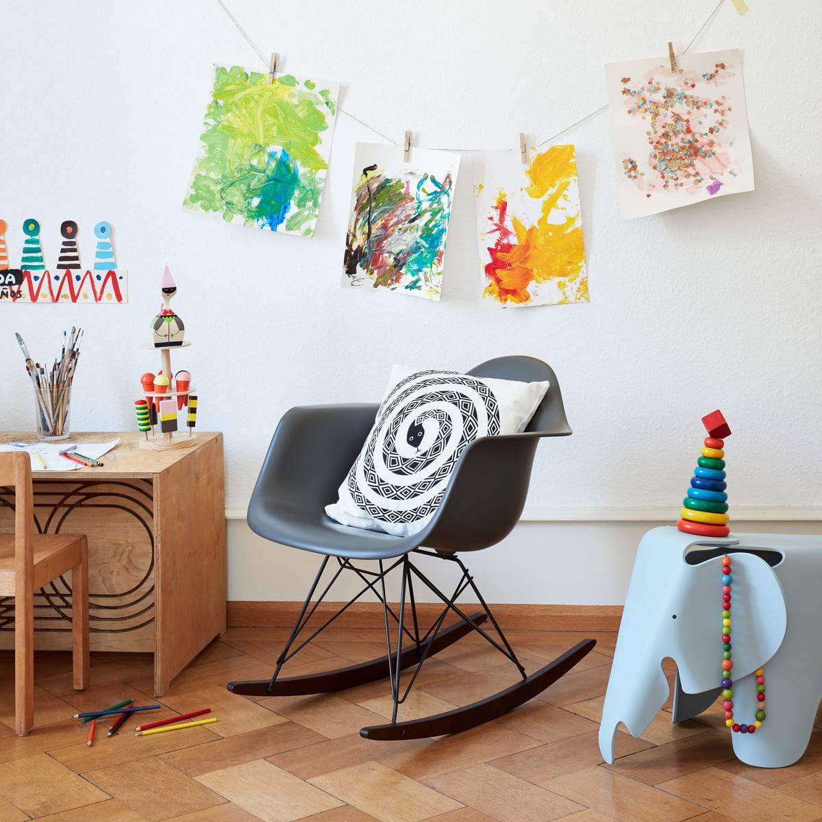 Vitra Kinderzimmer Mit Eame Schaukelstuhl