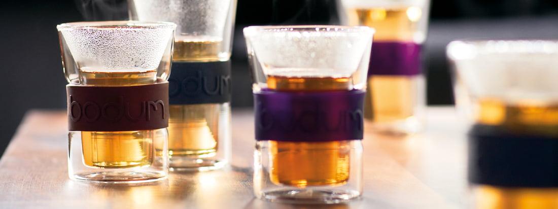 Bodum ist ein bekannter Hersteller für Küchenprodukte. Die doppelwandigen Assam Trinkgläser halten Heissgetränke besonders lange warm & schützen die Hände vor dem Verbrennen.