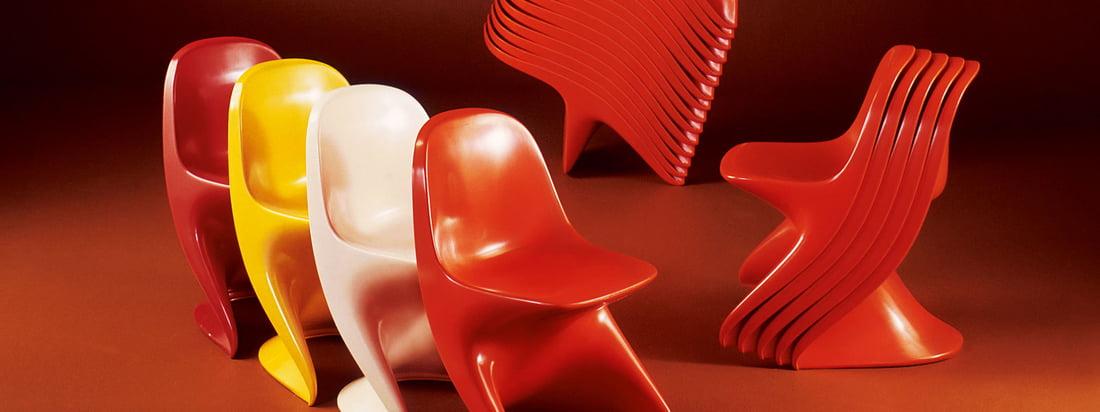 Casala ist bekannt für seine bunten Stühle. Den berühmten Casalino Stuhl gibt es für Kinder und für Ältere in vielen Farben und ist ausserdem ideal stapelbar.