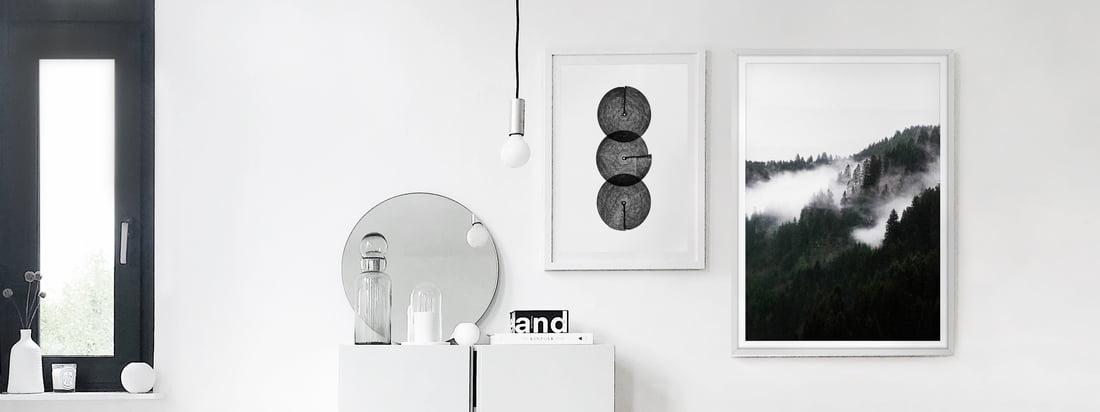 Die schwarz-weissen Poster, Winter Wonderland und Circles von artvoll, als Bildergalerie in der Wohnung von Interior Blogger Alexander Pahr.