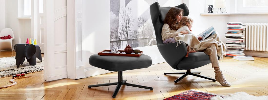 Die Grand Repos und Repos Lounge Chairs von Vitra sind mehr als nur bequeme Sessel: Sie passen optimal ins Ambiente und sorgen für einen stilvollen Komfort.