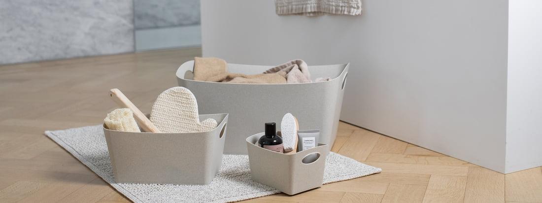 Die Recycled Bathroom Kollektion denkt die beliebten Badezimmer Accessoires von Koziol neu. Kunststoff kann wunderbar wiederverwendet werden und so lag es Nahe, dass Koziol eine Badaccessoire-Kollektion aus 100 % recyceltem Kunststoff entwarf.