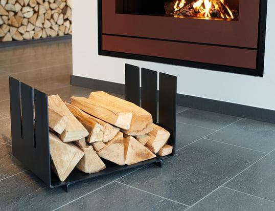 Kaminzubehör: Brennholzaufbewahrung, Kaminbesteck, Holzlager