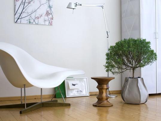Neben den Pflanzen können nun auch die Pflanzgefässe zum Hingucker werden. Ausserdem bieten die Pflanzsäcke eine komfortable und saubere Pflege der Pflanzen. Durch den wasserdichten Innensack wird ein Auslaufen verhindert.