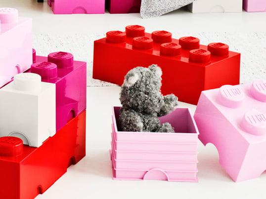Die Storage Bricks von Lego kommen im wohlbekannten Lego-Design daher. Sie besitzen die selbe Funktionalität wie die kleinen Steine, die wir noch aus Kinderzeiten kennen.