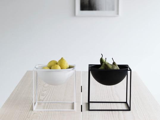"""Die Obstschale """"Kubus Bowl"""" von by lassen ist eine Highlight-Dekoration für Wohnzimmer und Küche. Die Obstschalen gibt es in weiss, schwarz, gold und zahlreichen anderen Farben."""