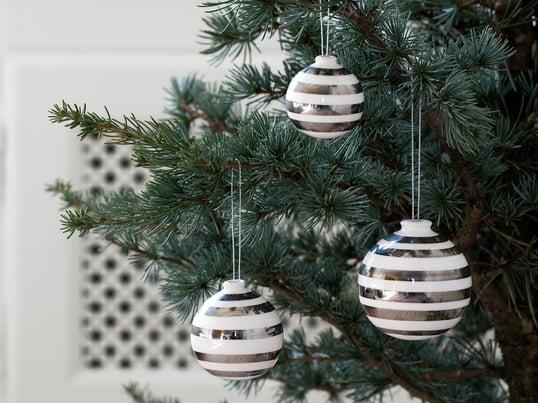 Neben klassischem Christbaumschmuck begeistert die Kähler Weihnachtskollektion mit romantischen Lichthäusern der Urbania Serie oder eleganten Varianten der Omaggio Serie, die weihnachtlichen Glanz verbreiten.