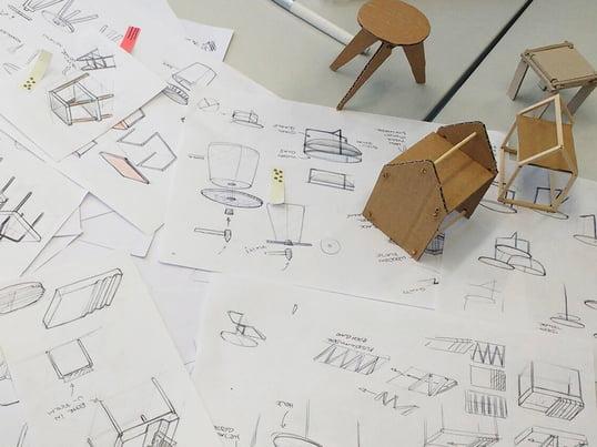 HAWK Design-Wettbewerb - Skizzen und Miniatur-Modelle der Studenten