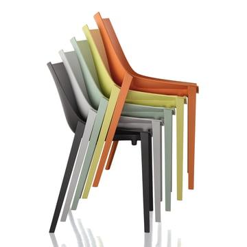 Magis - Zartan Stuhl Basic - Gruppe, alle Farben, gestapelt