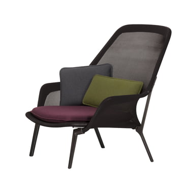 Slow Chair von Vitra in chocolate und braun