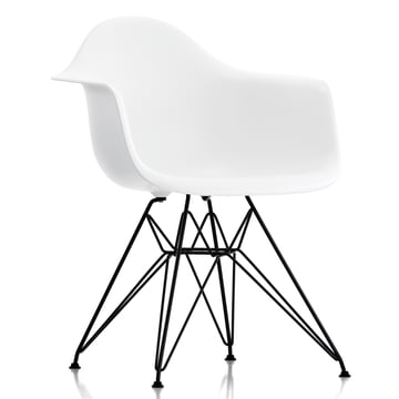 Vitra - Eames Plastic Armchair DAR, pulverbeschichtet / weiss, Filzgleiter schwarz