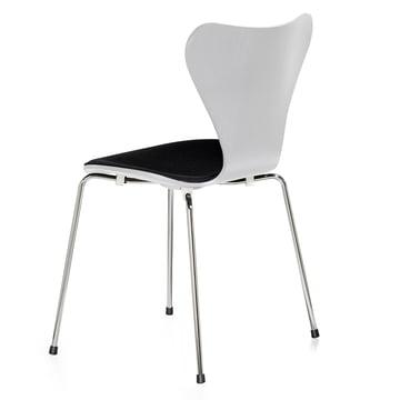 Serie 7 Stuhl mit Frontpolster von Fritz Hansen in Weiss