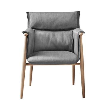 Embrace Chair von Carl Hansen aus Eiche geseift / Gabriel Byron Col. 2101