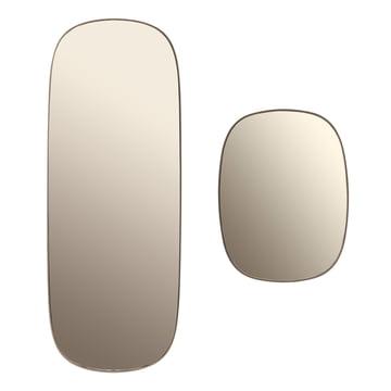 Der Framed Mirror in gross und klein in der Farbe taupe Glas