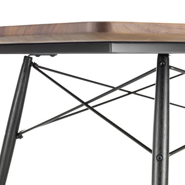 Der Eames Coffee Table von Vitra