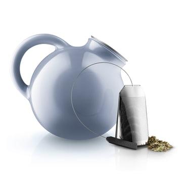 Globe Teekanne und Teebeutel von Eva Solo