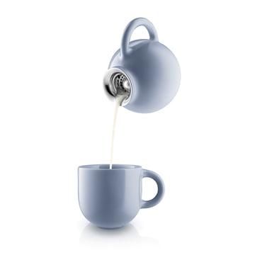 Globe Milchkanne und Tasse in Nordic Blue