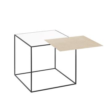 by lassen - Twin 35 Beistelltisch, schwarzer Rahmen, weiss / Eiche