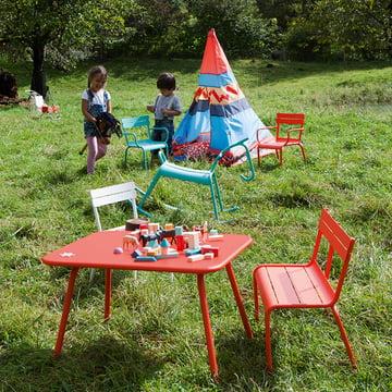 Luxembourg Kid Kinderbank und Stuhl von Fermob