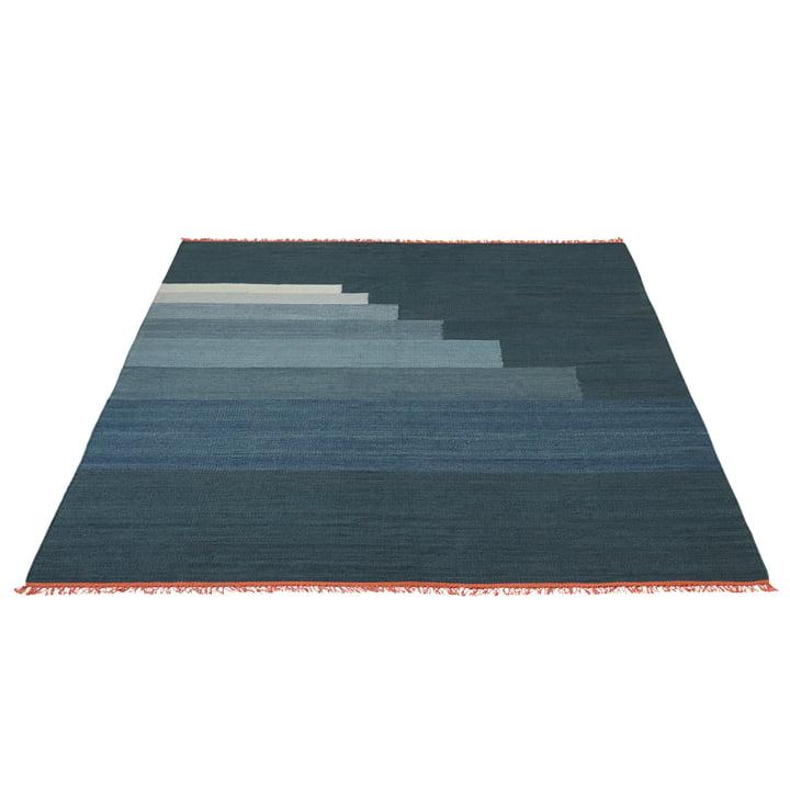 Another Rug AP4 Teppich von &Tradition in Gewitterblau
