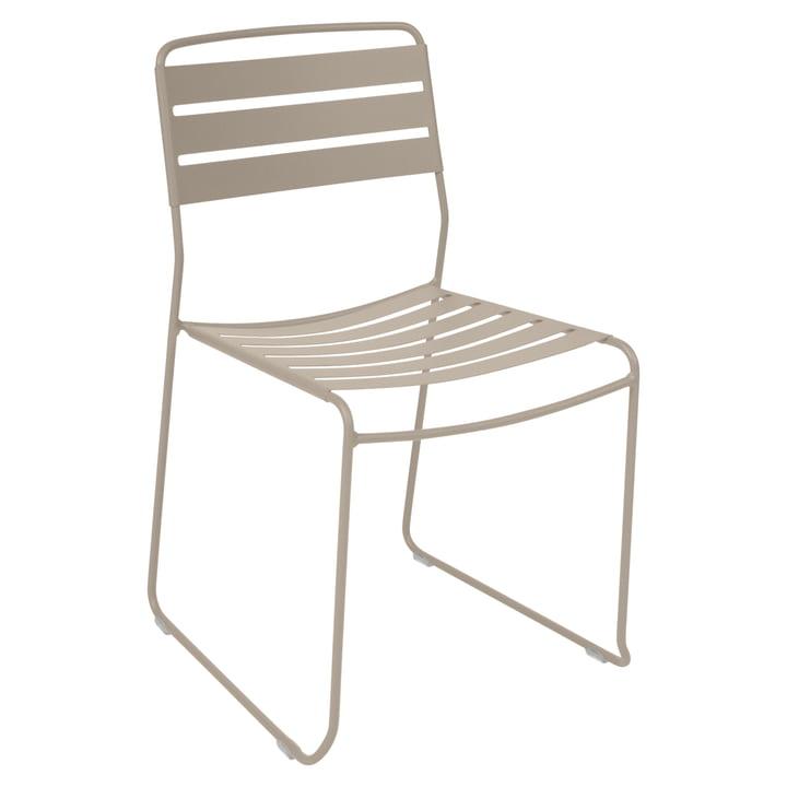 Surprising Stuhl von Fermob in Muskat