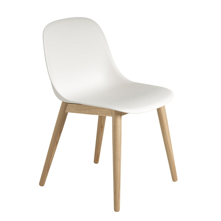 Fiber Side Chair Wood Base von Muuto in Eiche / weiss