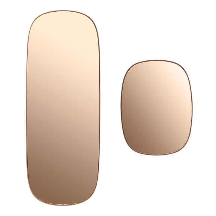 Der Framed Mirror in gross und klein in der Farbe rosa Glas
