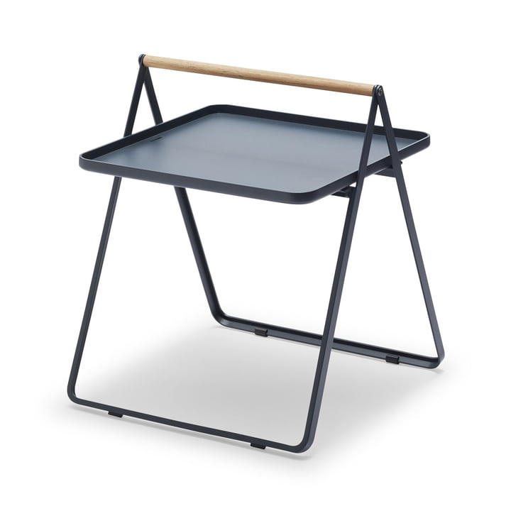 By Your Side Tray Table von Skagerak in Dunkelblau