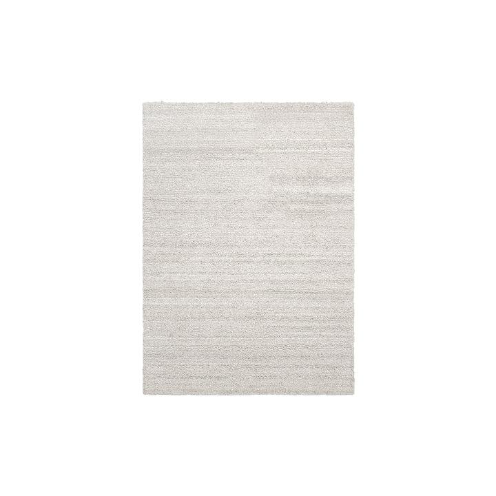 Ease Loop Teppich 140 x 200 cm von ferm Living in off-white