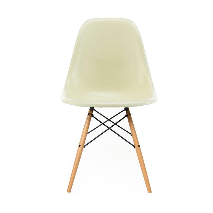Eames Fiberglass Side Chair DSW von Vitra - Ahorn gelblich / Eames parchment
