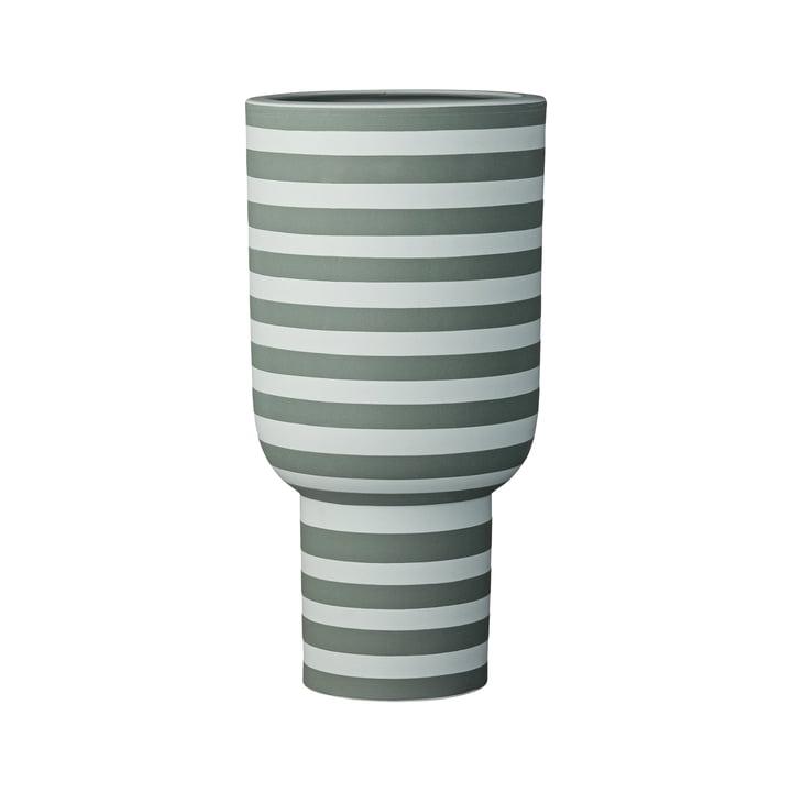 Varia Sculptural Vase, Ø 15 x H 30 cm in dusty green / forest von AYTM