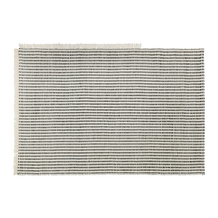 Way Outdoor Teppich, 140 x 200 cm in off-white / blau von ferm Living