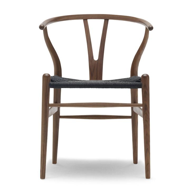 CH24 Wishbone Chair von Carl Hansen in Walnuss geölt / schwarzes Geflecht