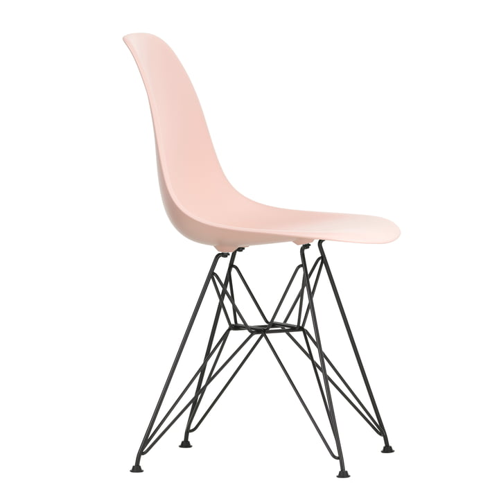 Eames Plastic Side Chair DSR von Vitra in basic dark / zartrosé