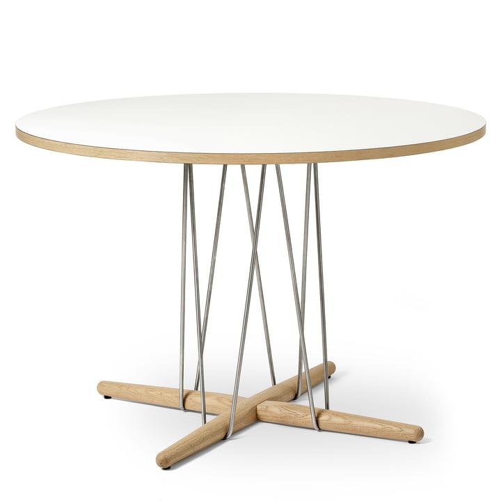 E020 Embrace Tisch Ø 110 cm in Eiche weiss geölt / Laminat weiss / Stahl verchromt von Carl Hansen