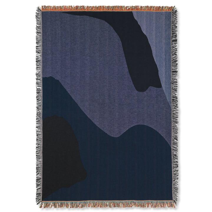Vista Decke 120 x 170 cm von ferm Living in dunkelblau